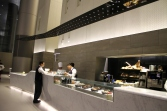 Qatar-Airways-Al-Mourjan-Business-Class-Lounge-Doha-10