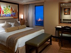 shangri-la-yangon-deluxe-suite