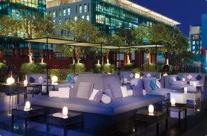 Ritz_Dubai_IFC_00103_MainTall