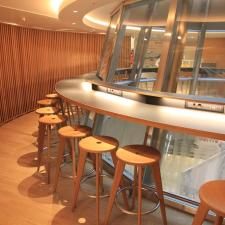Swiss-Business-Class-Lounge-A-11