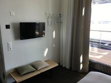 Swiss-First-Class-Lounge-E-40